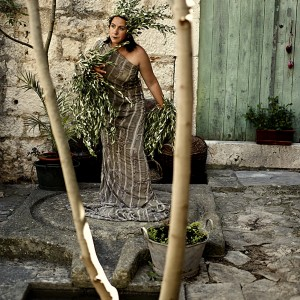Olives Woman III