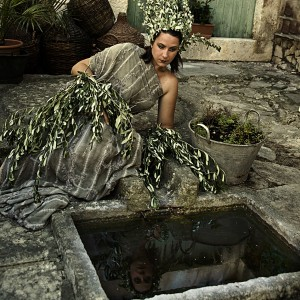 Olives Woman V