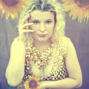 Sunflower Women II
